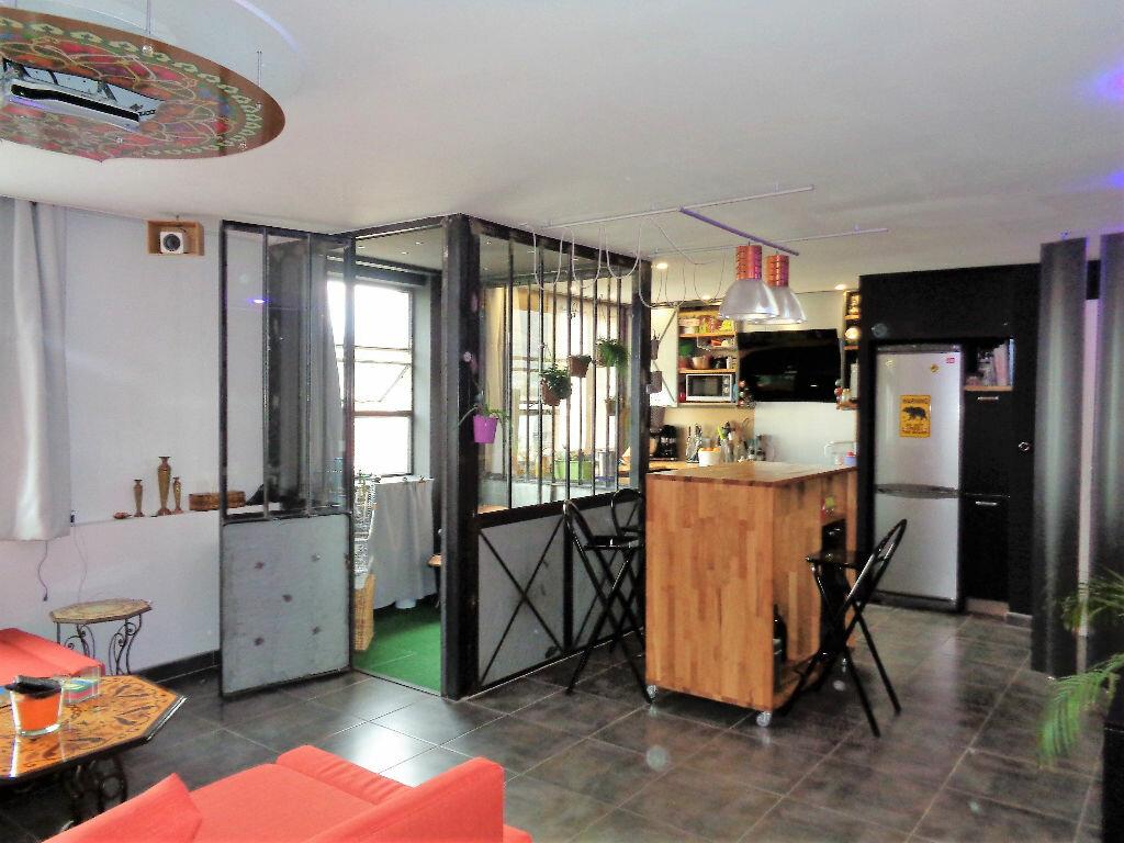 Achat Appartement 3 pièces à Fontaine - vignette-1