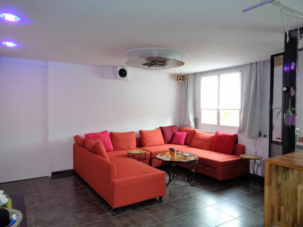 Achat Appartement 3 pièces à Fontaine - vignette-5