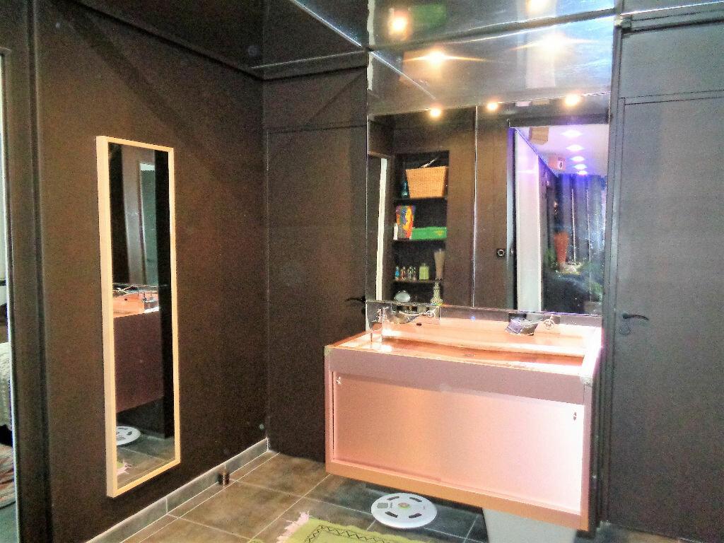 Achat Appartement 3 pièces à Fontaine - vignette-6