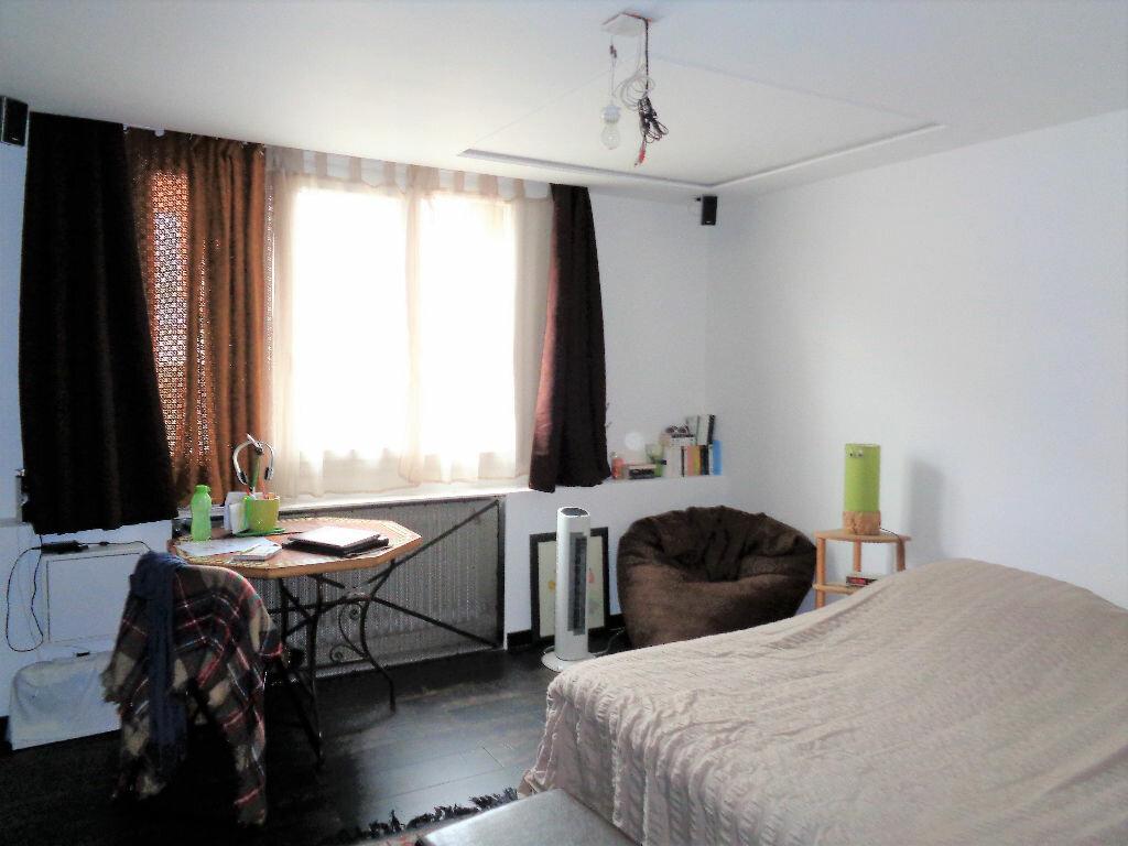 Achat Appartement 3 pièces à Fontaine - vignette-10