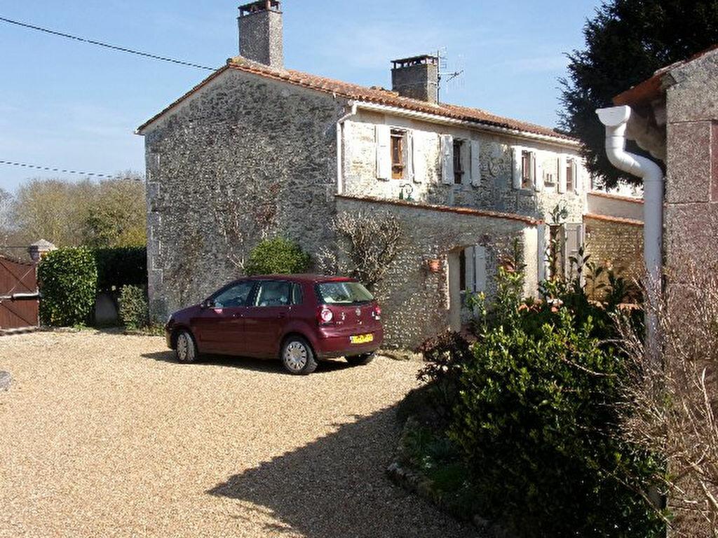 Achat Maison 6 pièces à Tonnay-Charente - vignette-1