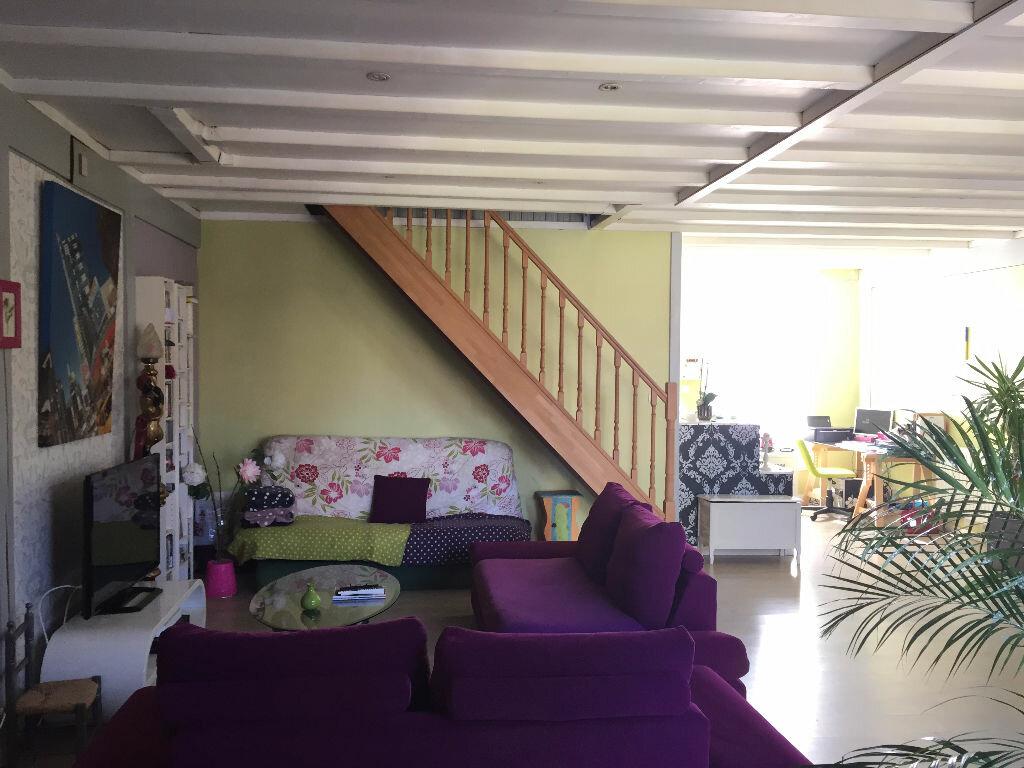 Achat Maison 4 pièces à Rochefort - vignette-6