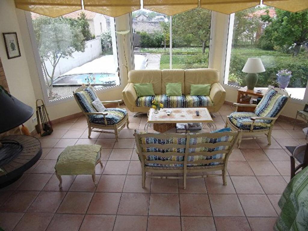 Achat Maison 7 pièces à Tonnay-Charente - vignette-1