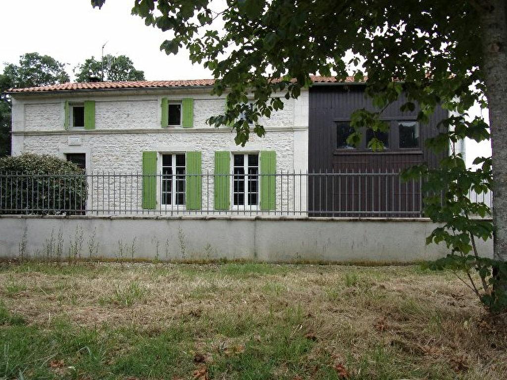 Achat Maison 5 pièces à Saint-Hippolyte - vignette-1