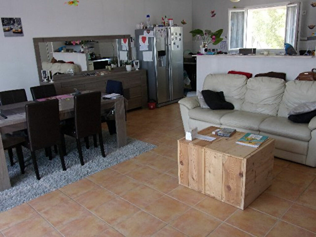 Achat Maison 4 pièces à Port-des-Barques - vignette-2