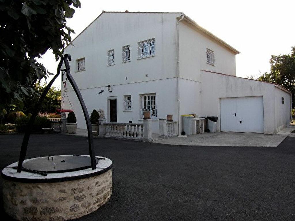 Achat Maison 5 pièces à Tonnay-Charente - vignette-1