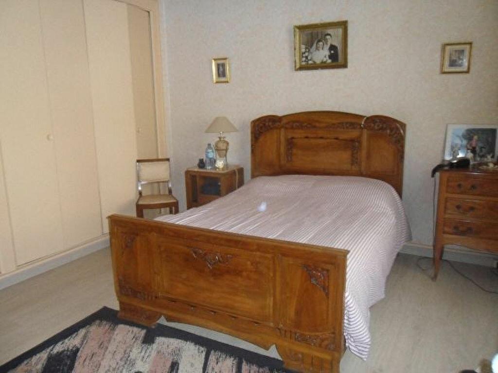 Achat Maison 4 pièces à Saint-Froult - vignette-7