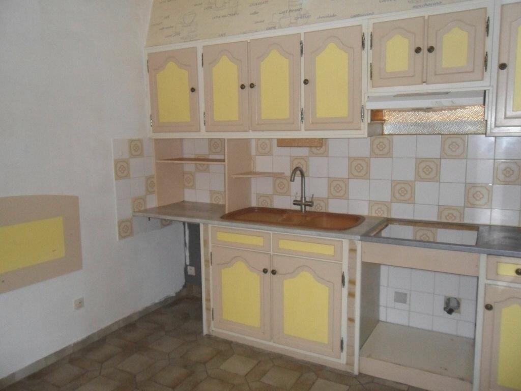 Achat Maison 4 pièces à Saint-Agnant - vignette-3