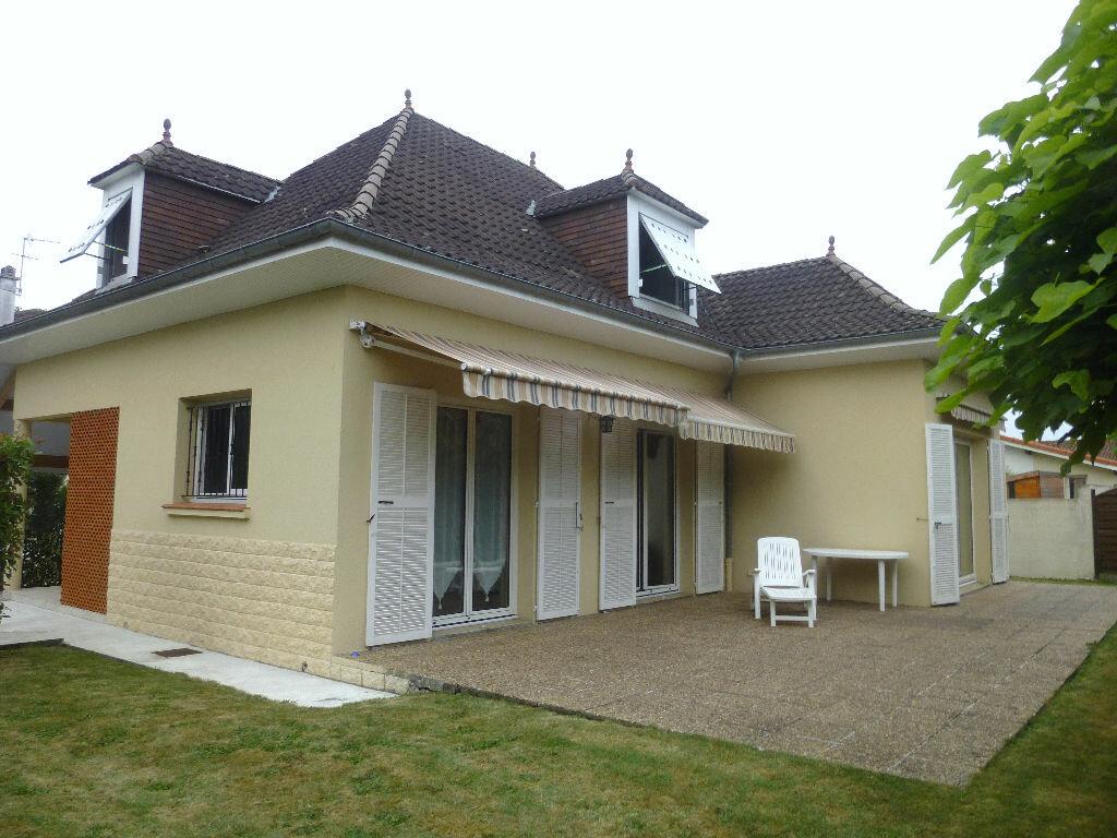 Achat Maison 5 pièces à Pau - vignette-1