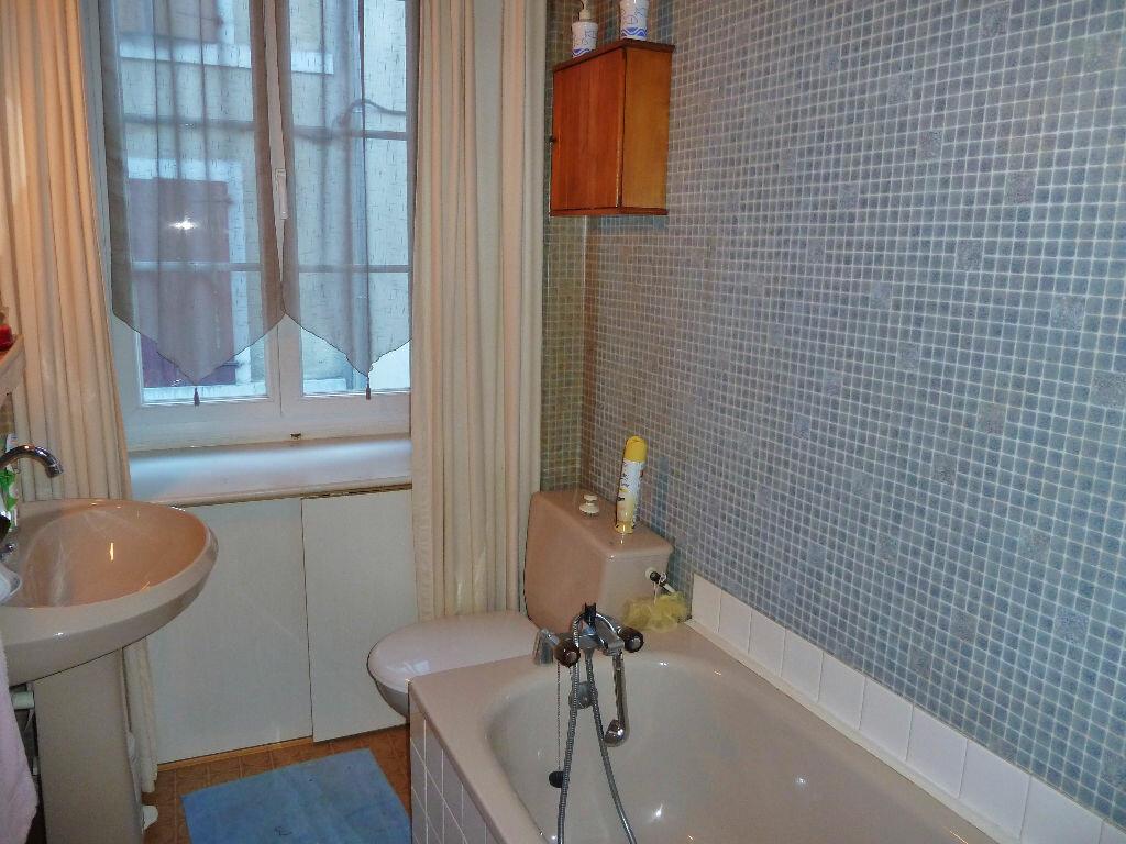 Achat Appartement 2 pièces à Eaux-Bonnes - vignette-3