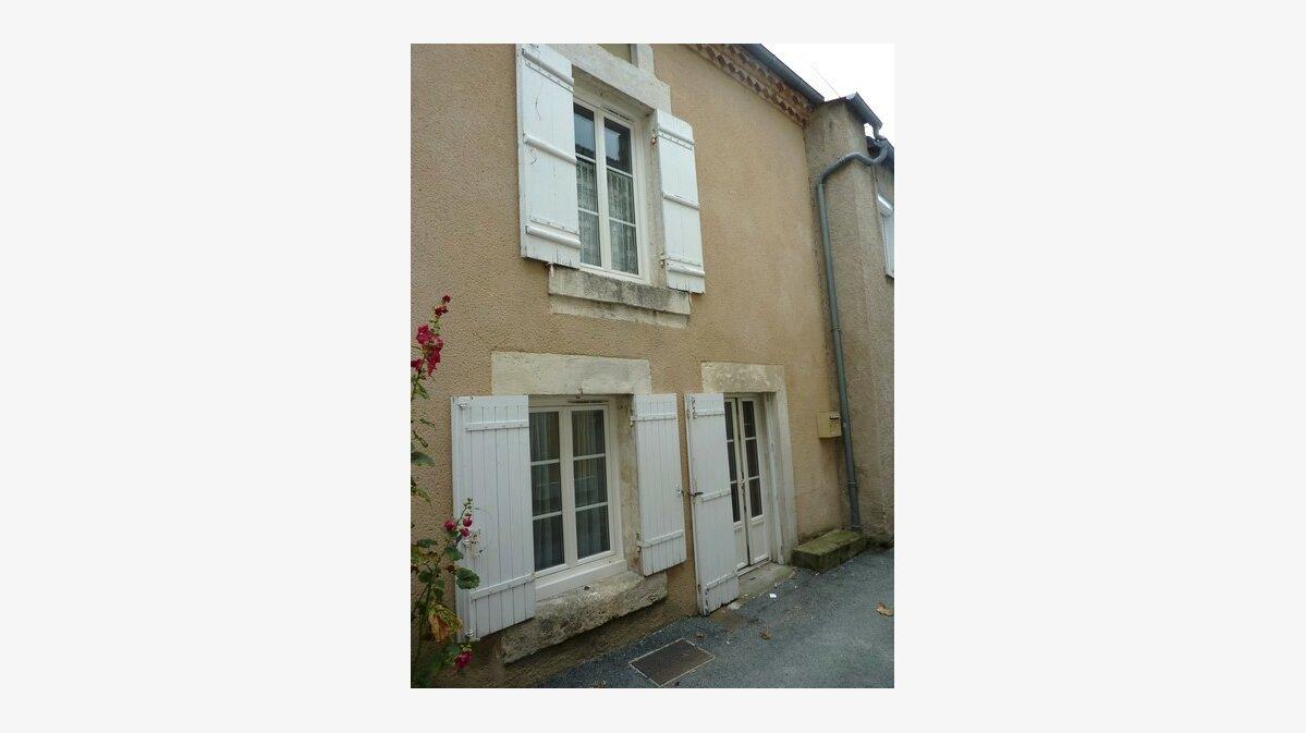 Achat Maison 2 pièces à Saint-Astier - vignette-1