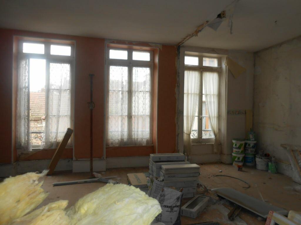 Achat Appartement 3 pièces à Givry - vignette-1
