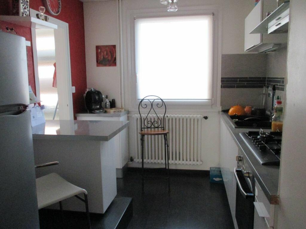 Achat Appartement 4 pièces à Châtenoy-le-Royal - vignette-1