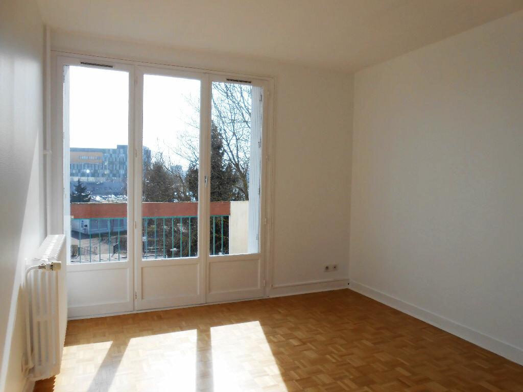 Achat Appartement 3 pièces à Chalon-sur-Saône - vignette-1