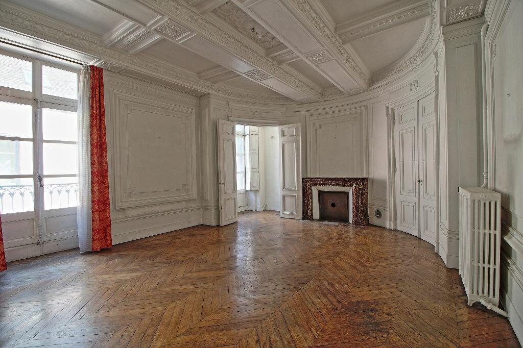 Achat Appartement 5 pièces à Chalon-sur-Saône - vignette-2