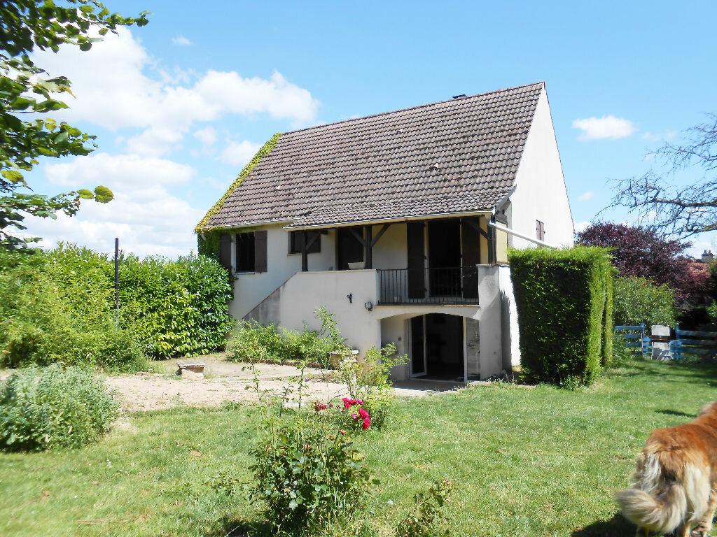 Achat Maison 8 pièces à Saint-Martin-sous-Montaigu - vignette-1