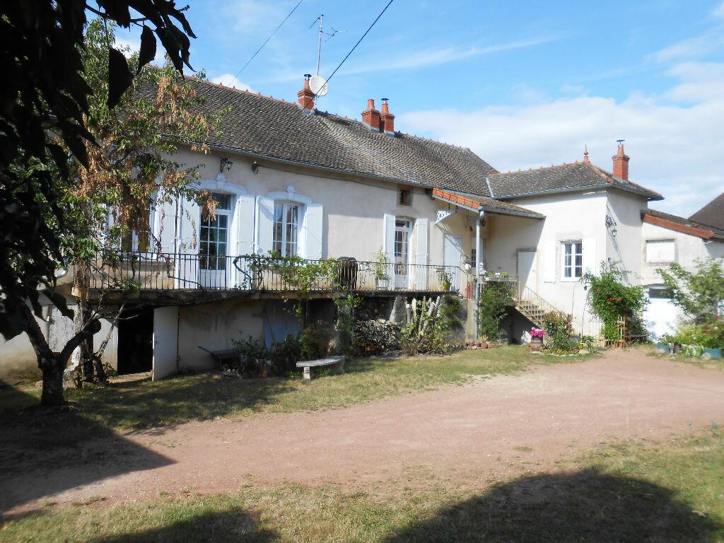 Achat Maison 9 pièces à Chamilly - vignette-1