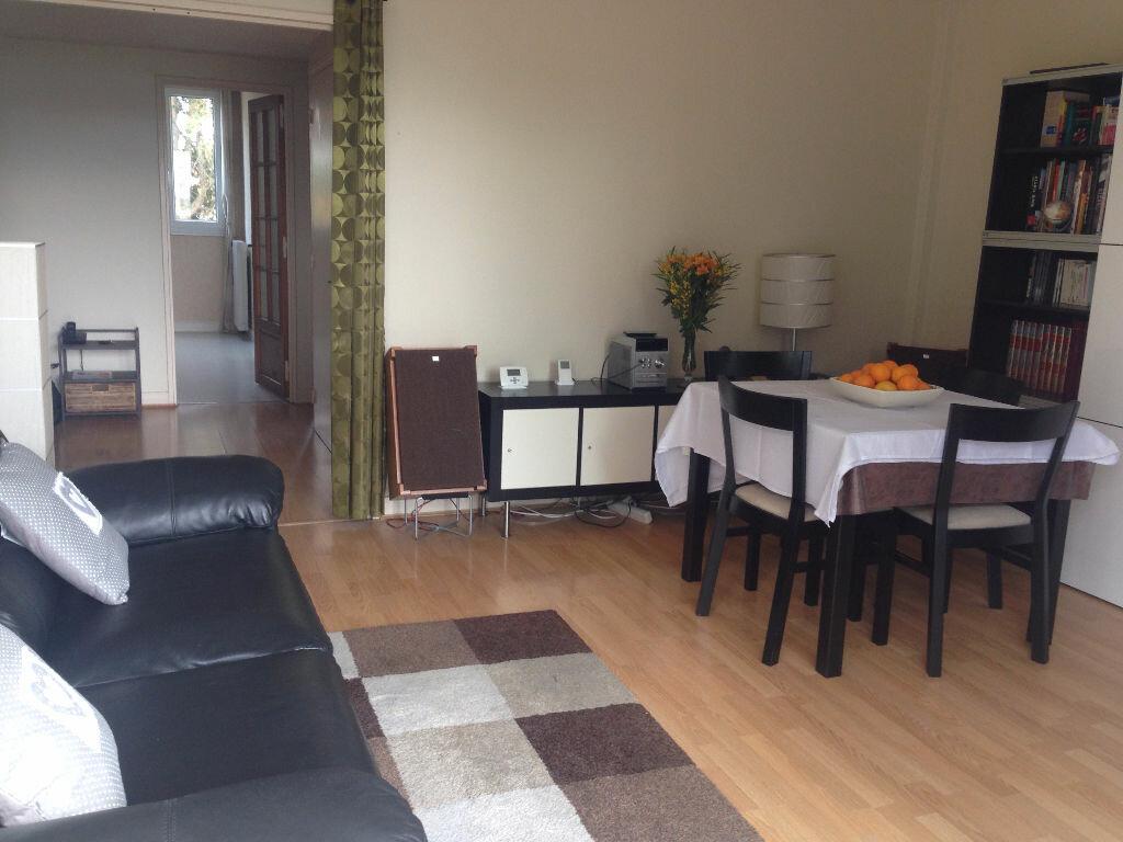 Achat Appartement 3 pièces à Nozay - vignette-1
