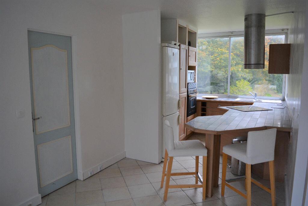 Achat Appartement 4 pièces à Boussy-Saint-Antoine - vignette-1