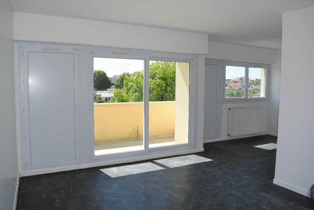 Achat Appartement 4 pièces à Quincy-sous-Sénart - vignette-1