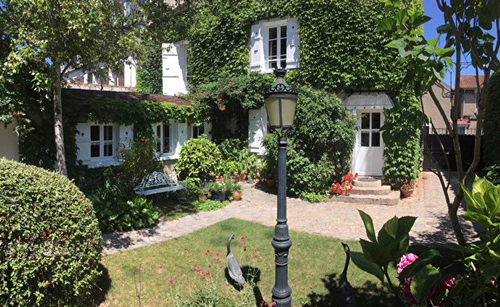 Achat Maison 6 pièces à Mandres-les-Roses - vignette-3