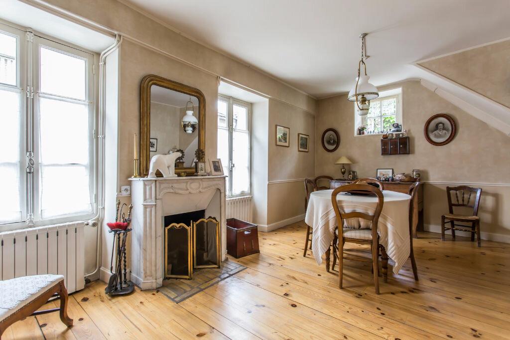 Achat Maison 6 pièces à Mandres-les-Roses - vignette-6