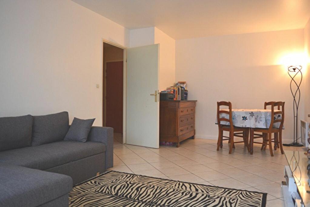 Achat Appartement 2 pièces à Boussy-Saint-Antoine - vignette-1