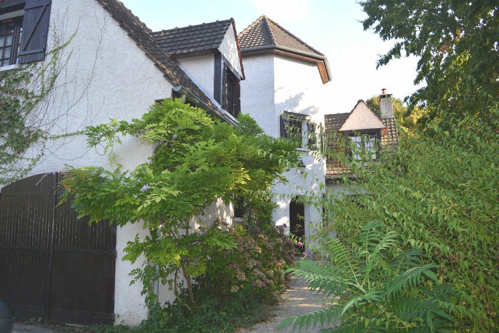 Achat Maison 7 pièces à Varennes-Jarcy - vignette-8