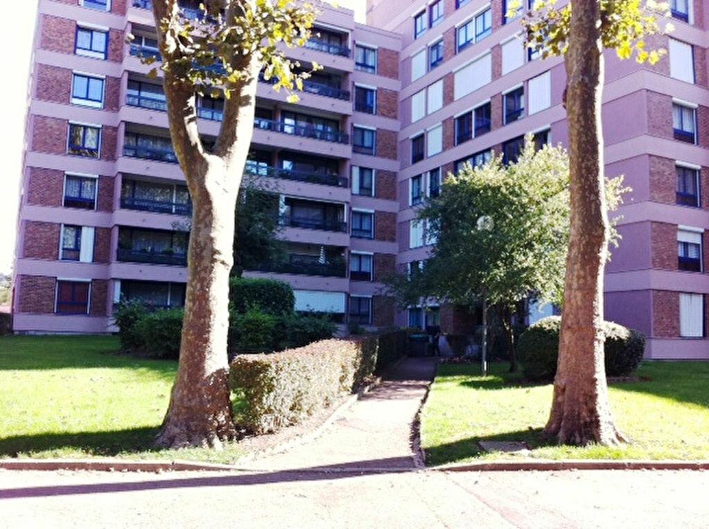 Achat Appartement 3 pièces à Crosne - vignette-1