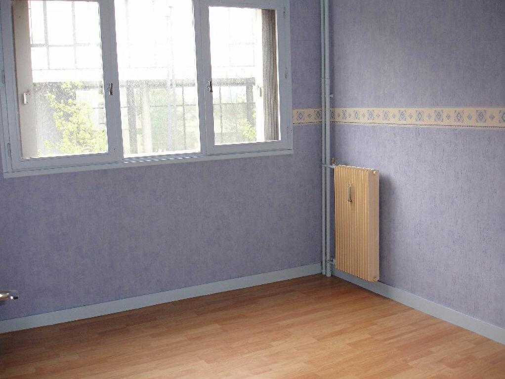Achat Appartement 3 pièces à Alfortville - vignette-3
