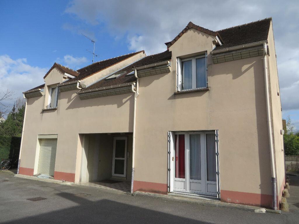 Achat Appartement 1 pièce à Marolles-en-Brie - vignette-1