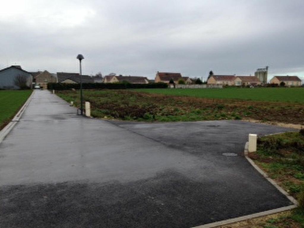 Achat Terrain  à Charmont-en-Beauce - vignette-1