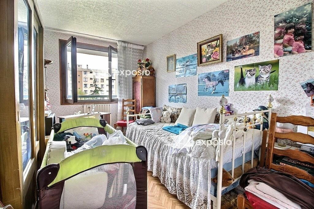 Achat Appartement 4 pièces à Corbeil-Essonnes - vignette-5