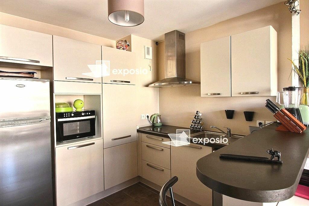 Achat Appartement 2 pièces à Corbeil-Essonnes - vignette-3