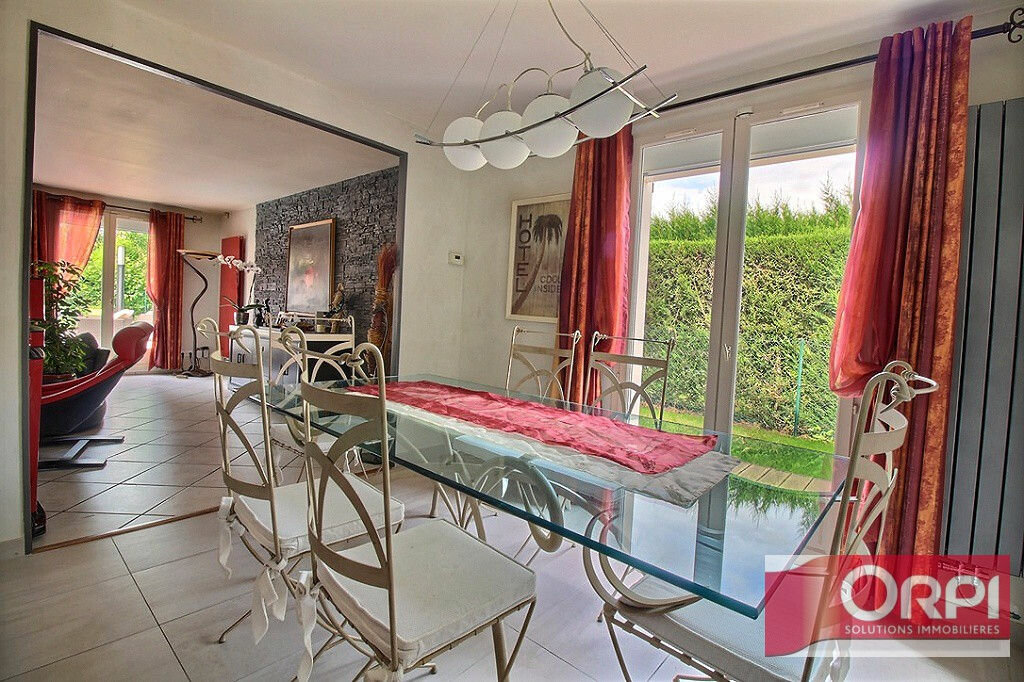 Achat Maison 9 pièces à Saint-Germain-lès-Corbeil - vignette-9