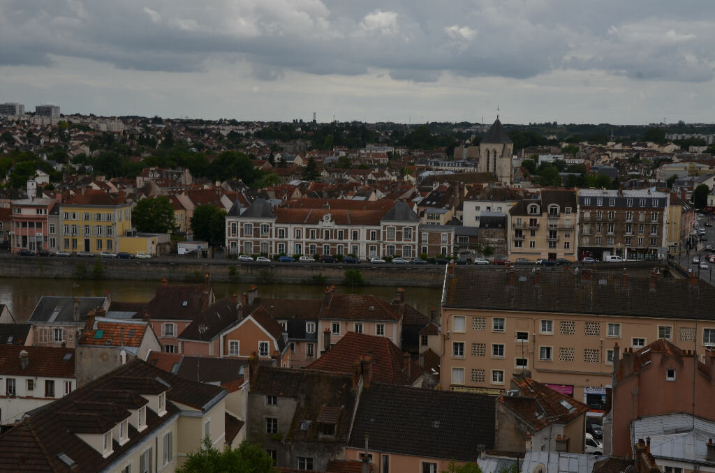 Achat Appartement 4 pièces à Corbeil-Essonnes - vignette-1
