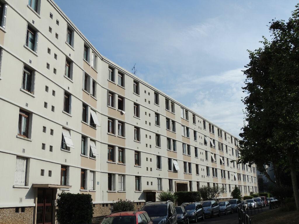 Achat Appartement 4 pièces à Ablon-sur-Seine - vignette-1