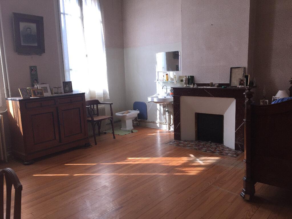 Achat Maison 17 pièces à Castelsarrasin - vignette-10