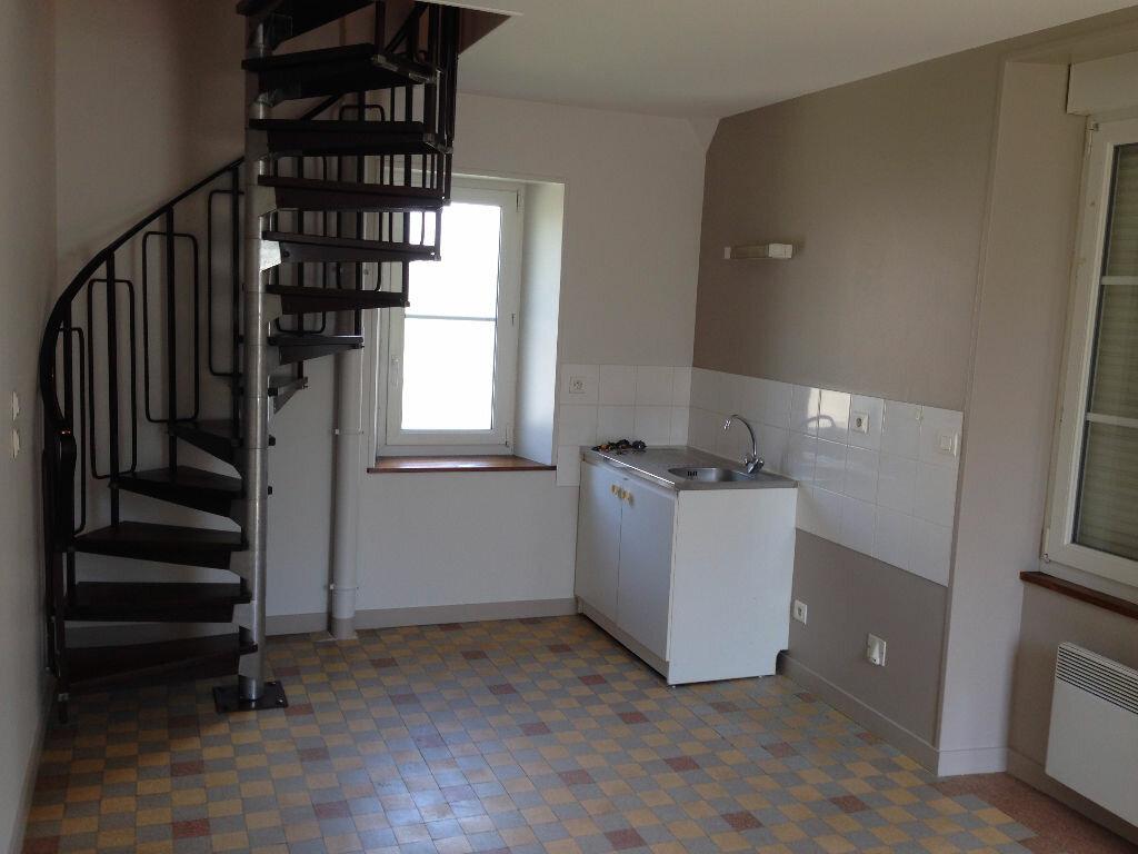 Location Maison 2 pièces à Courgeon - vignette-1