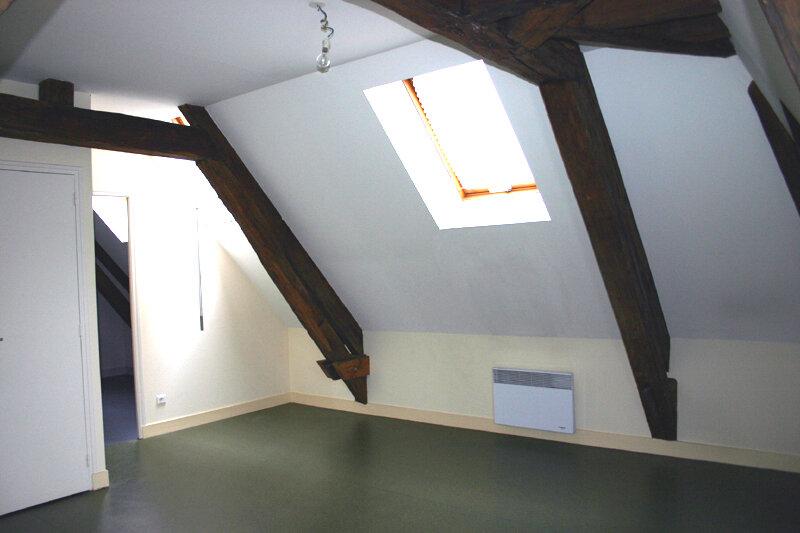 Location Appartement 3 pièces à Mortagne-au-Perche - vignette-2