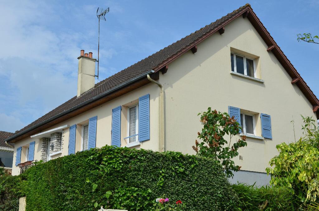 Achat Maison 9 pièces à Mortagne-au-Perche - vignette-1