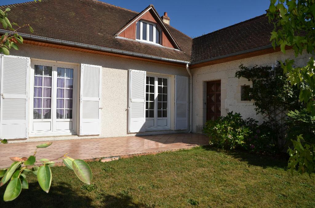 Achat Maison 6 pièces à La Chapelle-Montligeon - vignette-1