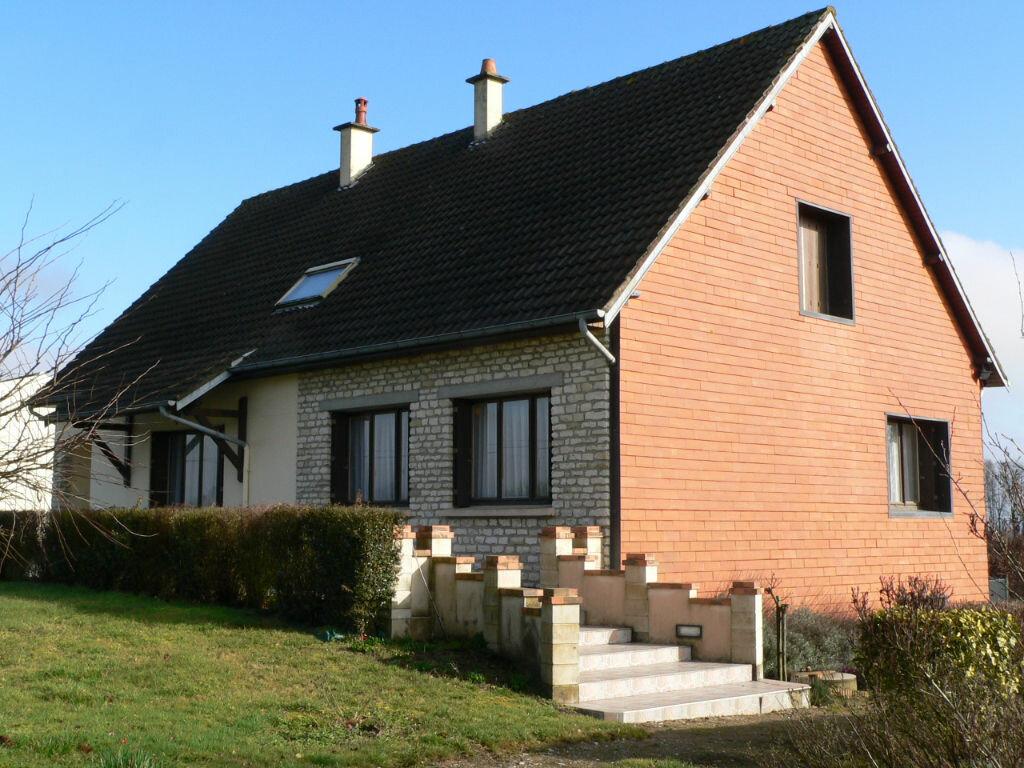 Achat Maison 8 pièces à Le Pin-la-Garenne - vignette-1