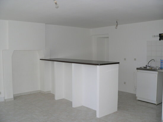 Location Appartement 3 pièces à Mortagne-au-Perche - vignette-1