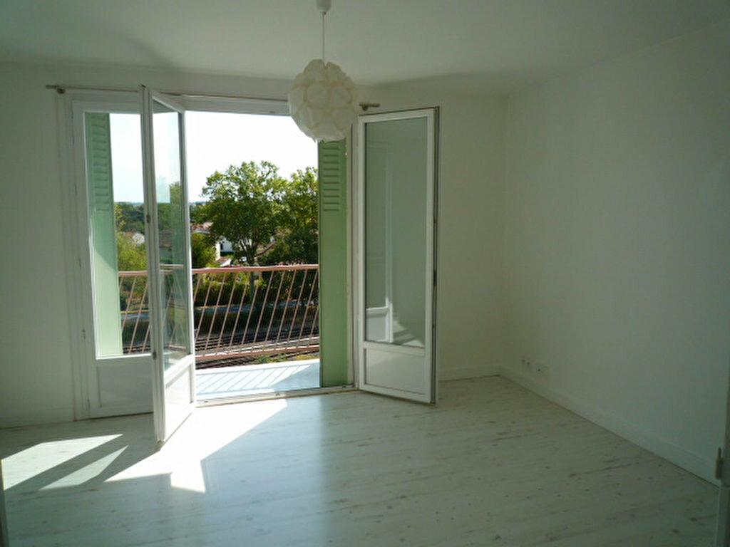 Location Appartement 3 pièces à Lavaur - vignette-1