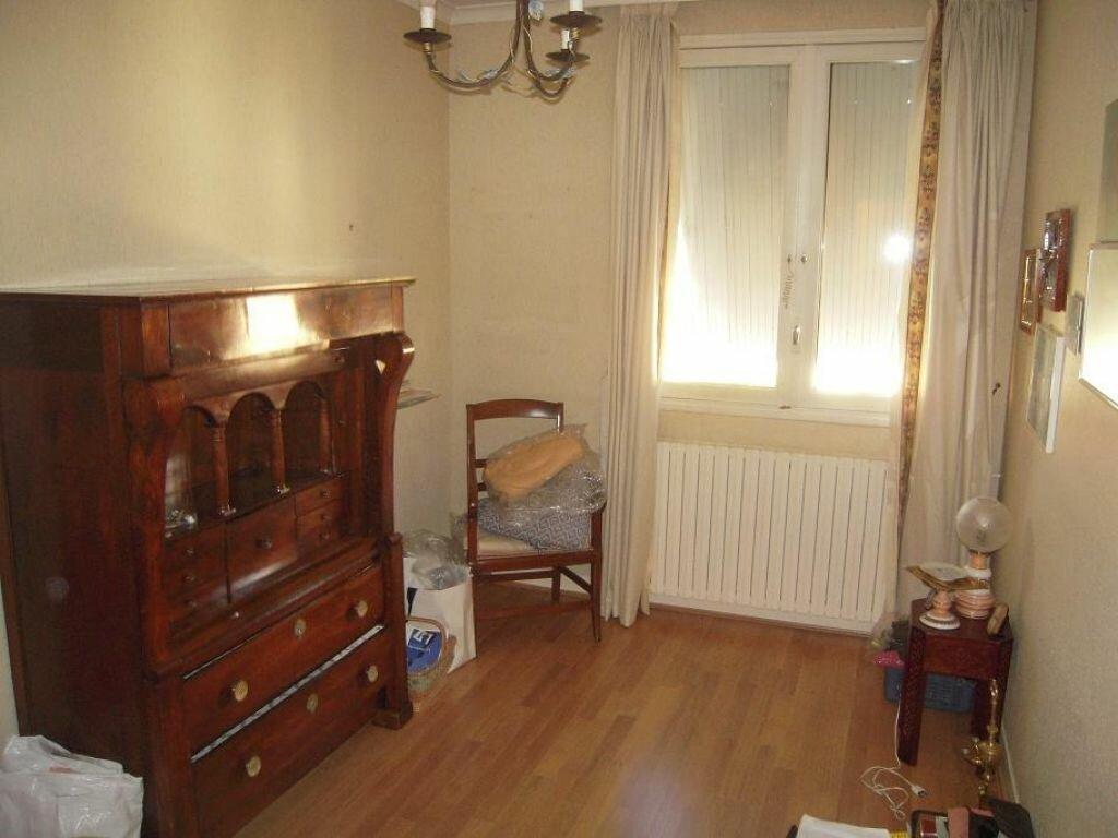 Achat Appartement 6 pièces à Mazamet - vignette-2