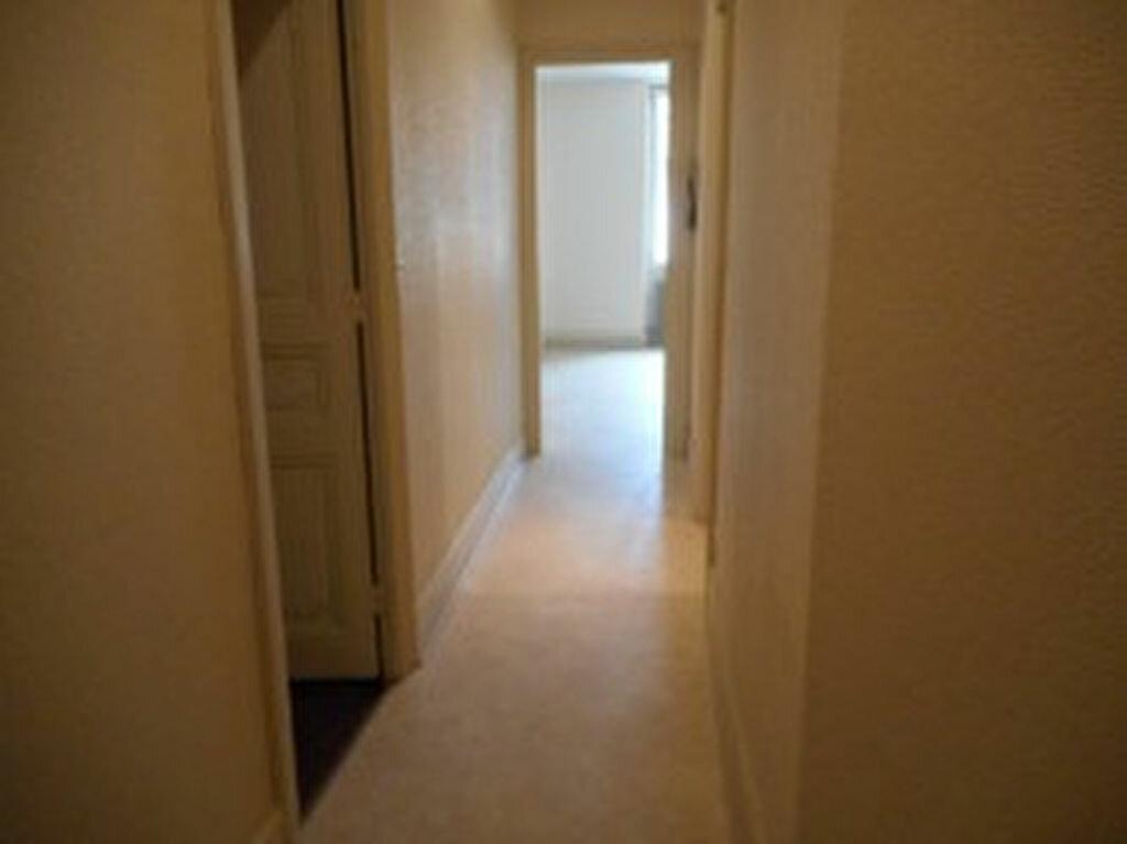 Location Appartement 2 pièces à Mazamet - vignette-2