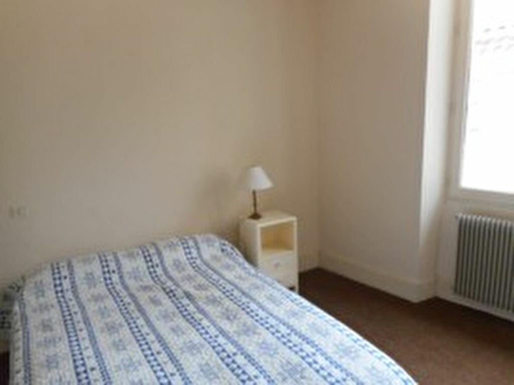 Location Appartement 2 pièces à Mazamet - vignette-7