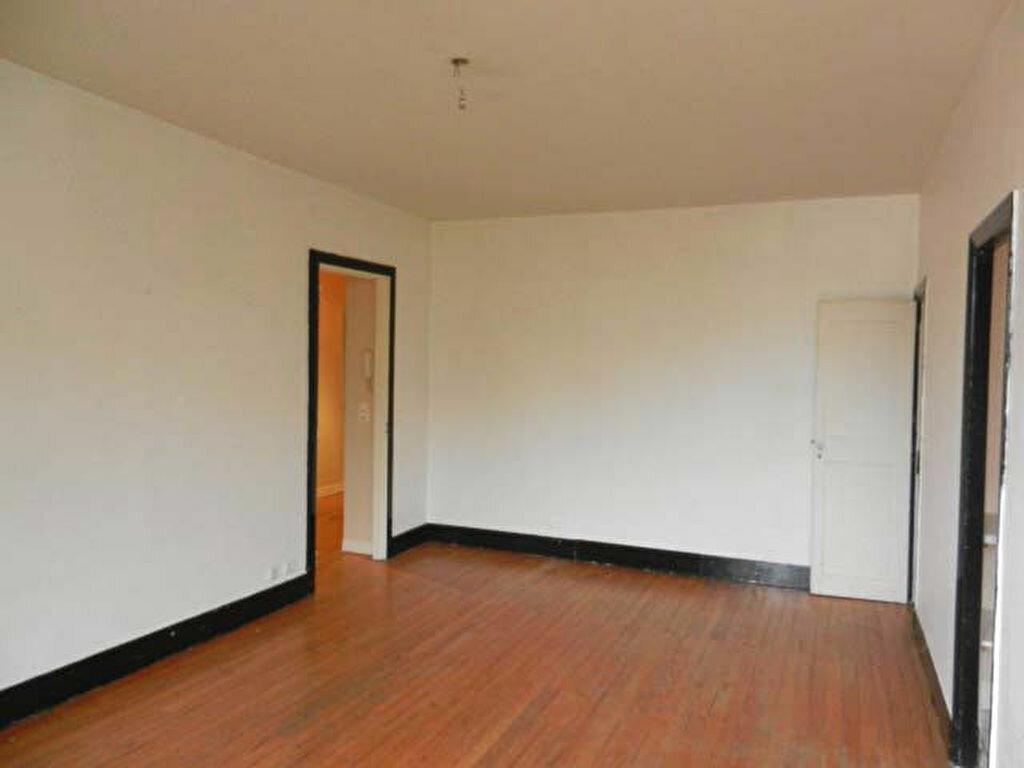 Location Appartement 4 pièces à Mazamet - vignette-4