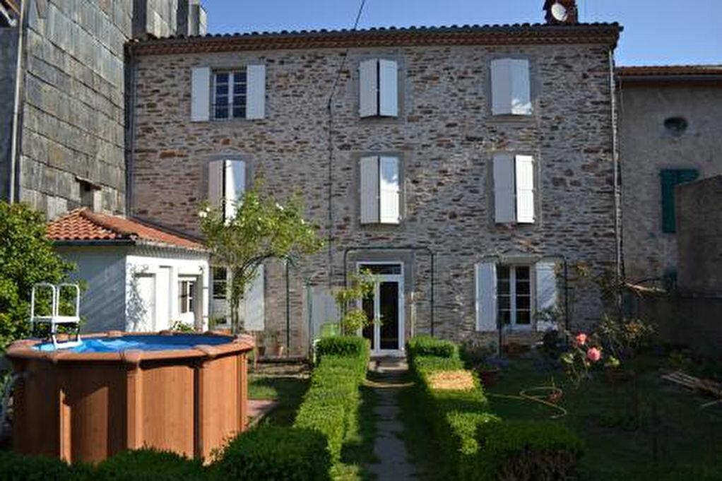 Achat Maison 9 pièces à Labastide-Rouairoux - vignette-1